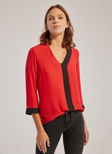 Monamoda V Yaka Renk Bloklu Şifon Bluz Kırmızı